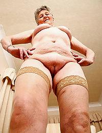 mature lugera nudes