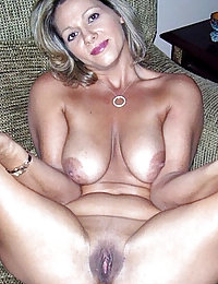 amateur mature mom nudity