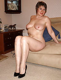 mature lingerie busty mom