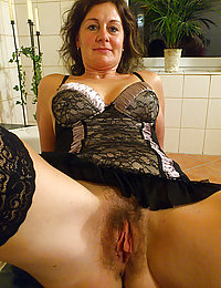 xvideos gf mature mom