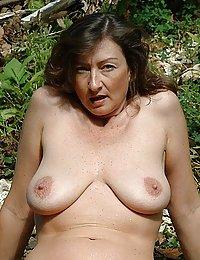 white mature wife pleasureing hher black husban