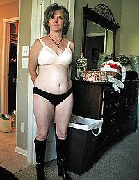 mature mom in stockings masterbation