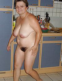 busty amateur wife downblouse