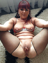 mature homely nudes solos