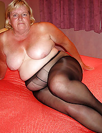 old chubby mature mom porn hidden home video