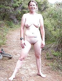 mature mom lesbian squirt orgasm