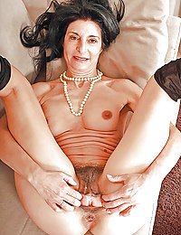 mature mom gets special massage