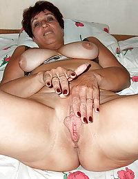 indian mature mom getting bbc