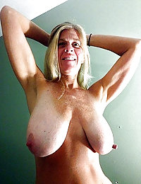xnxx mature mom milf