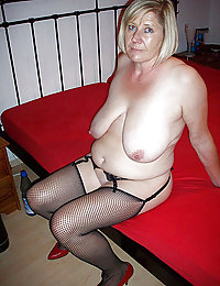 mature big boobs nudes gallery