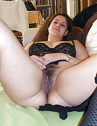 my sexy mature wife likes to fuck