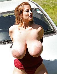 mature slut mom fingering her hungry cunt