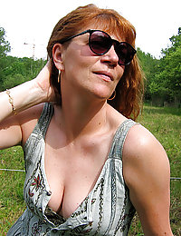 mature mom cumm in pussy caption