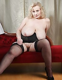 mature hairy trimmed nudes